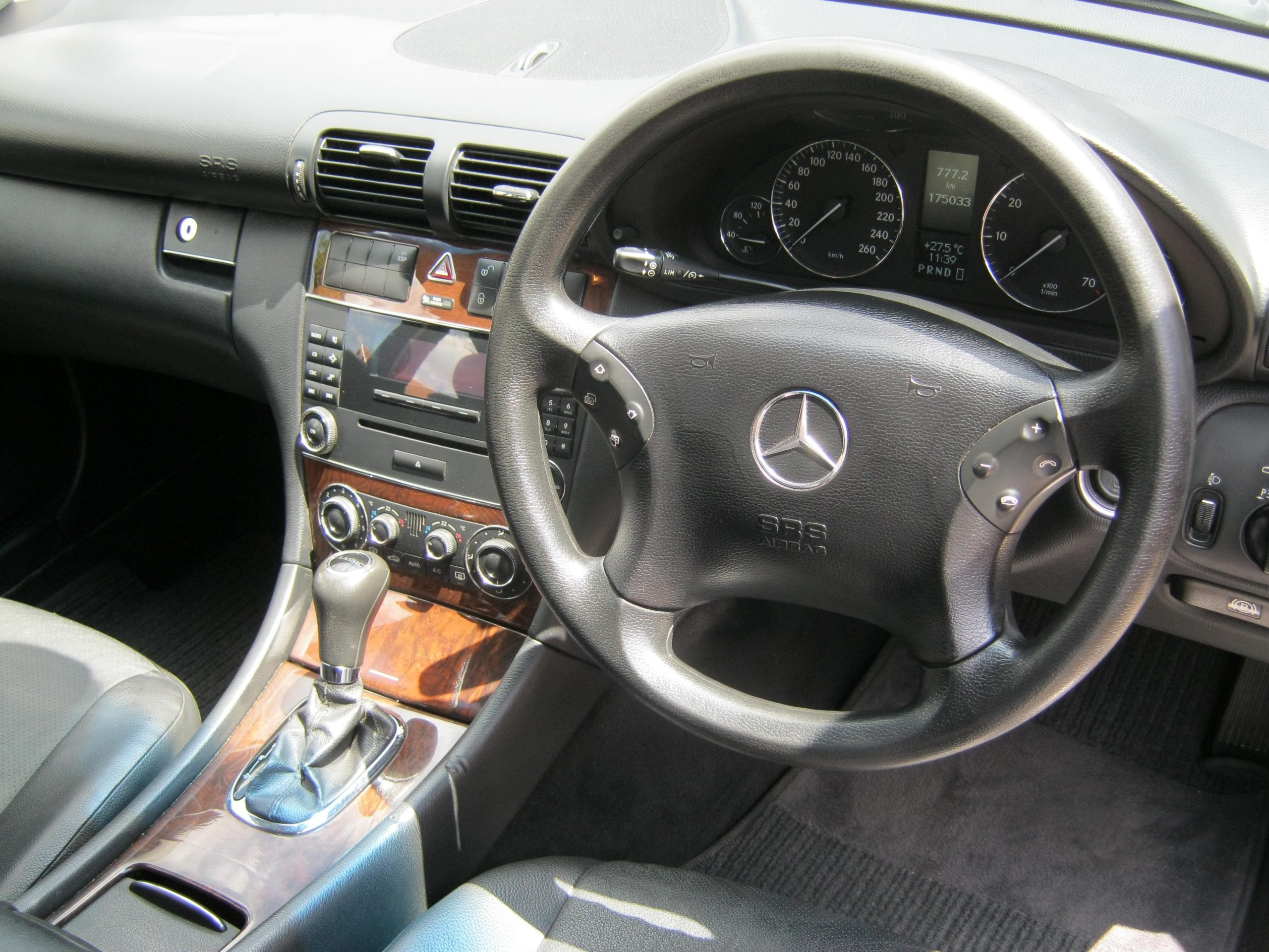 Mercedes Benz C180K Interior Earn A Car