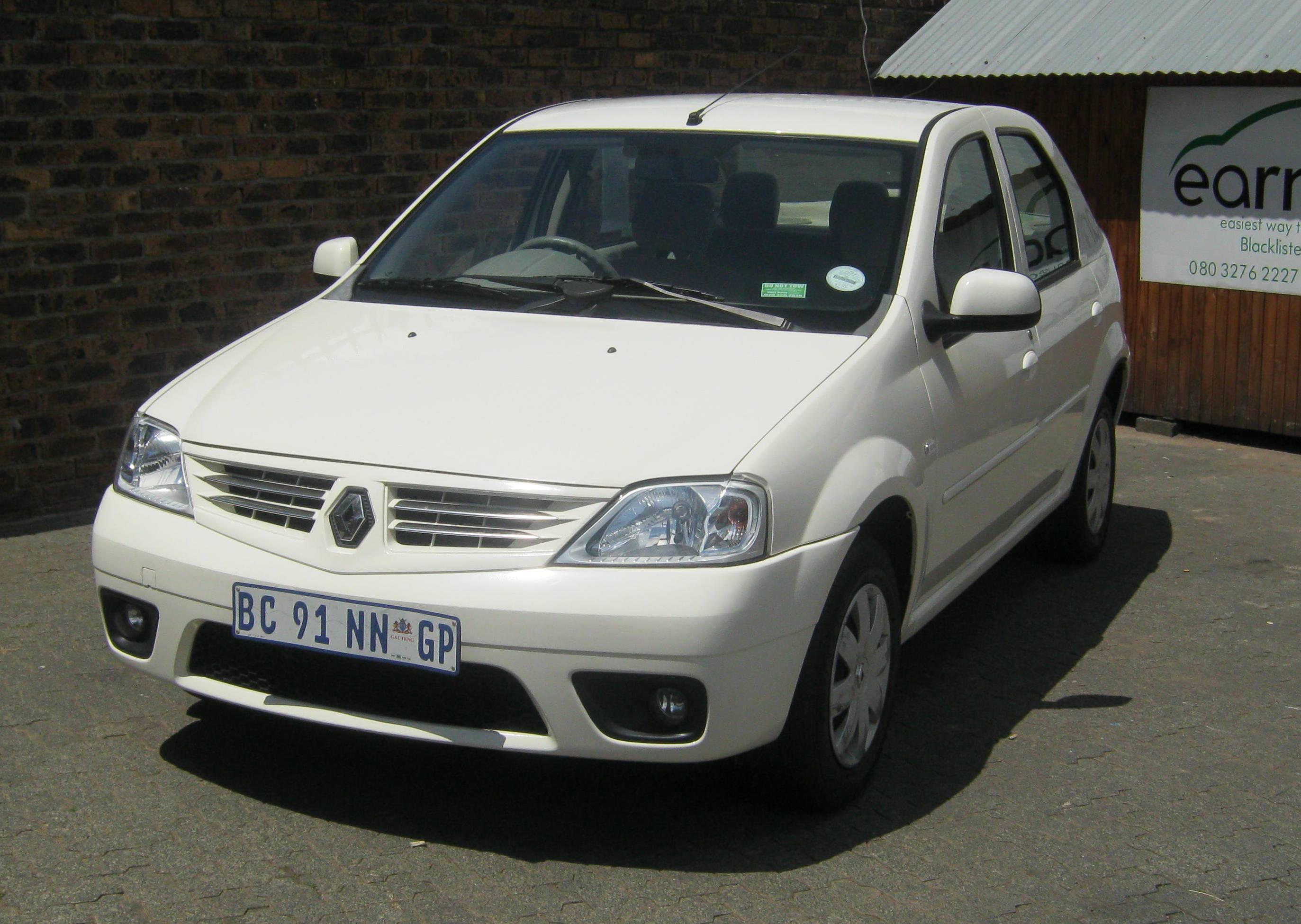 Renault Logan 1.6 Expression Earn A Car